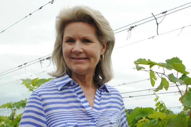 Susan Auler    Co-owner/Director of Marketing for Fall Creek Vineyards. Dallas Morning News Who's Who in Food & Wine; Alumni of the Year, UT. Texas Exes 2001, Dept of Human Ecology; Founder of TX-Hill Country Wine & Food Festival. Member of UT Fine Arts Advisory Board, Founder of Texas Hill Fall Fest & Wine Auction.