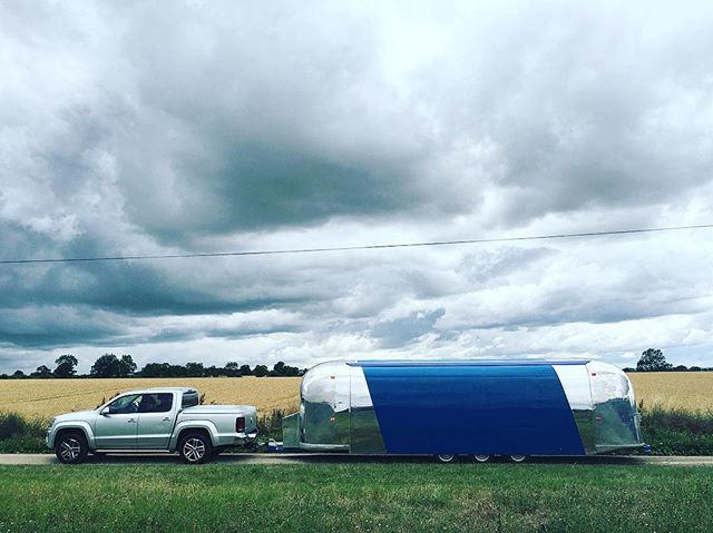 First drive with the all new Airstream Stage!! Bulletstage II is here and she's a beauty!! #longtrailer #Ibrakefornobody #airstreamstage
