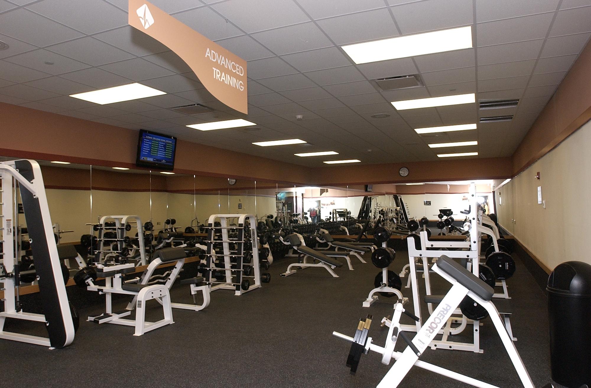 Garden City NY Wellness Center   Fitness & Aquatics   Healthtrax