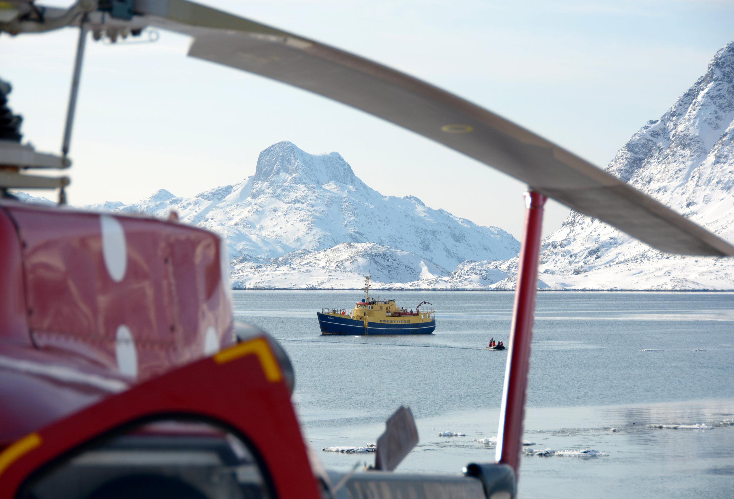 Powderbird-Greenland-Gallery-Images-Ship-Kisaq21.jpg