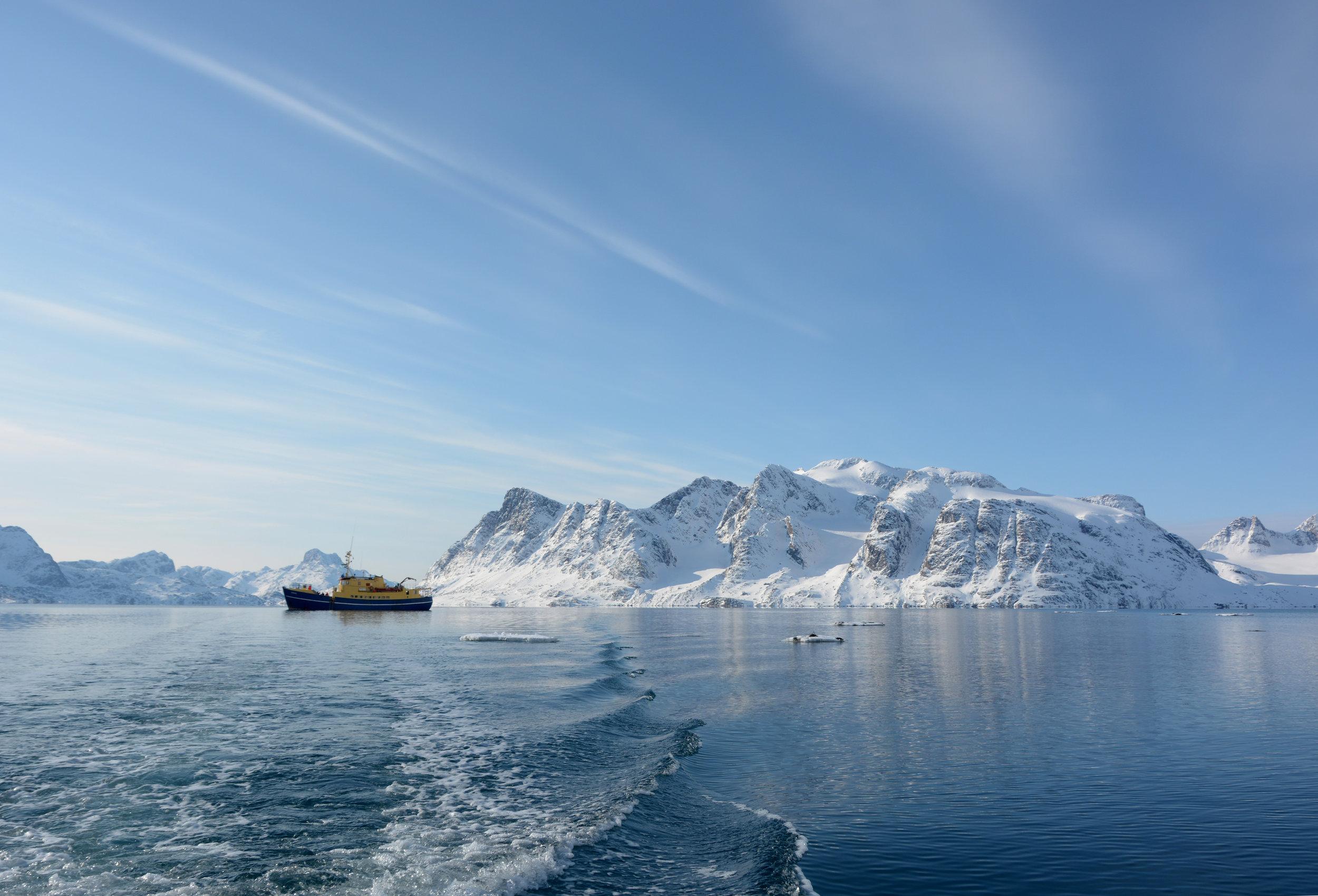 Powderbird-Greenland-Gallery-Images-Ship-Kisaq20.jpg