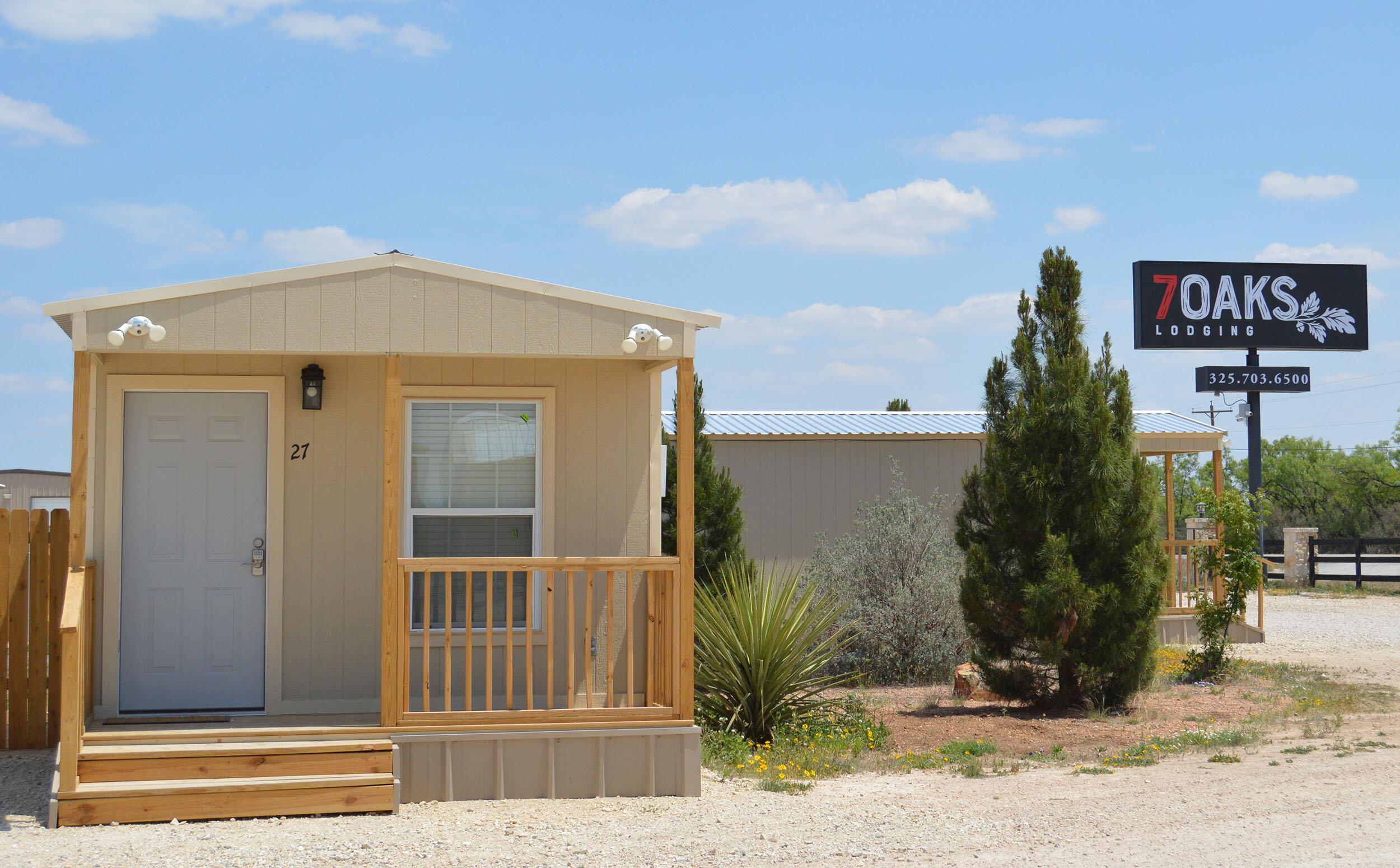 Hotel-San-Angelo-Texas-Man-Camp-7-Oaks-Lodging-35.jpg