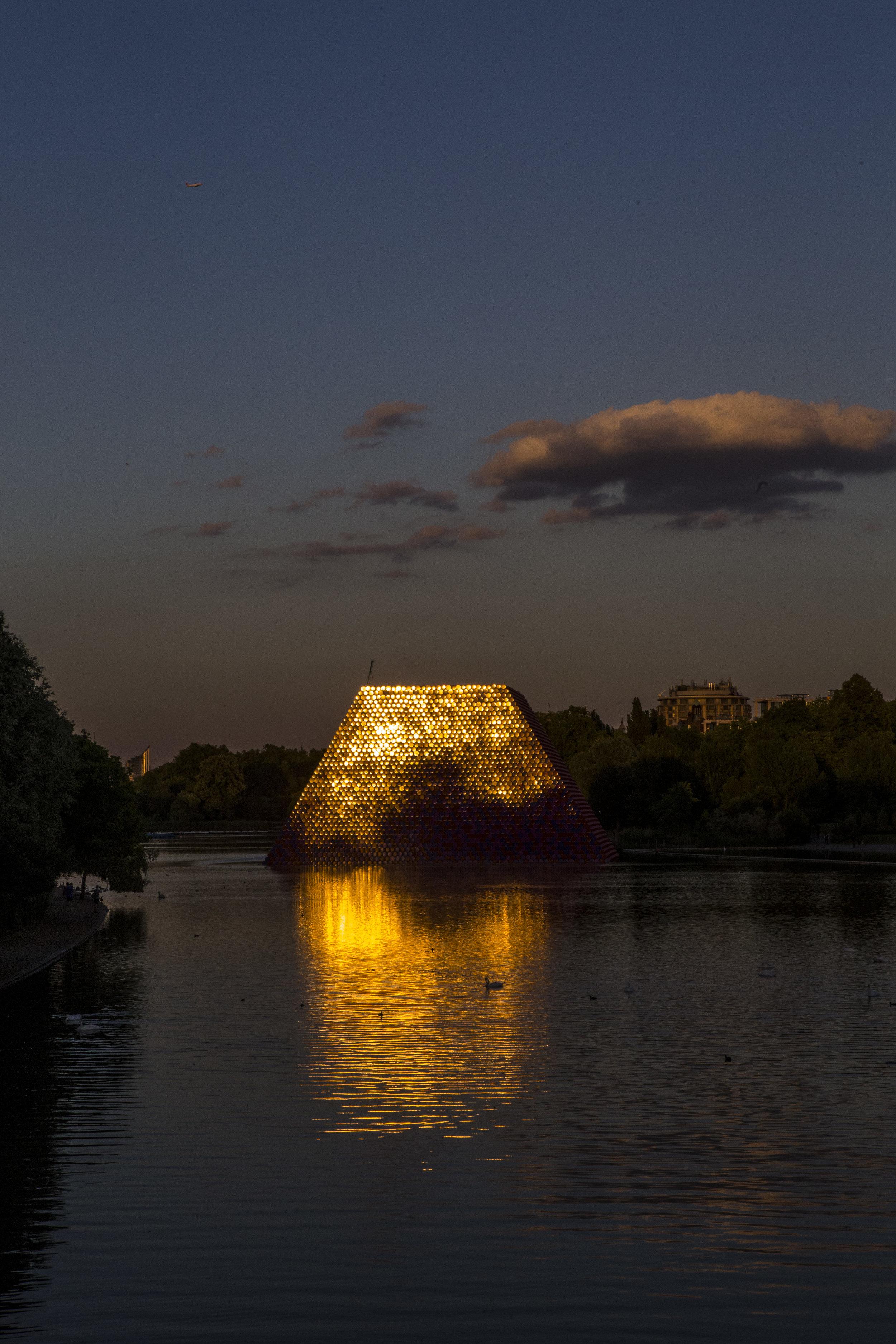 In Hyde Park: Christo's London Mastaba -