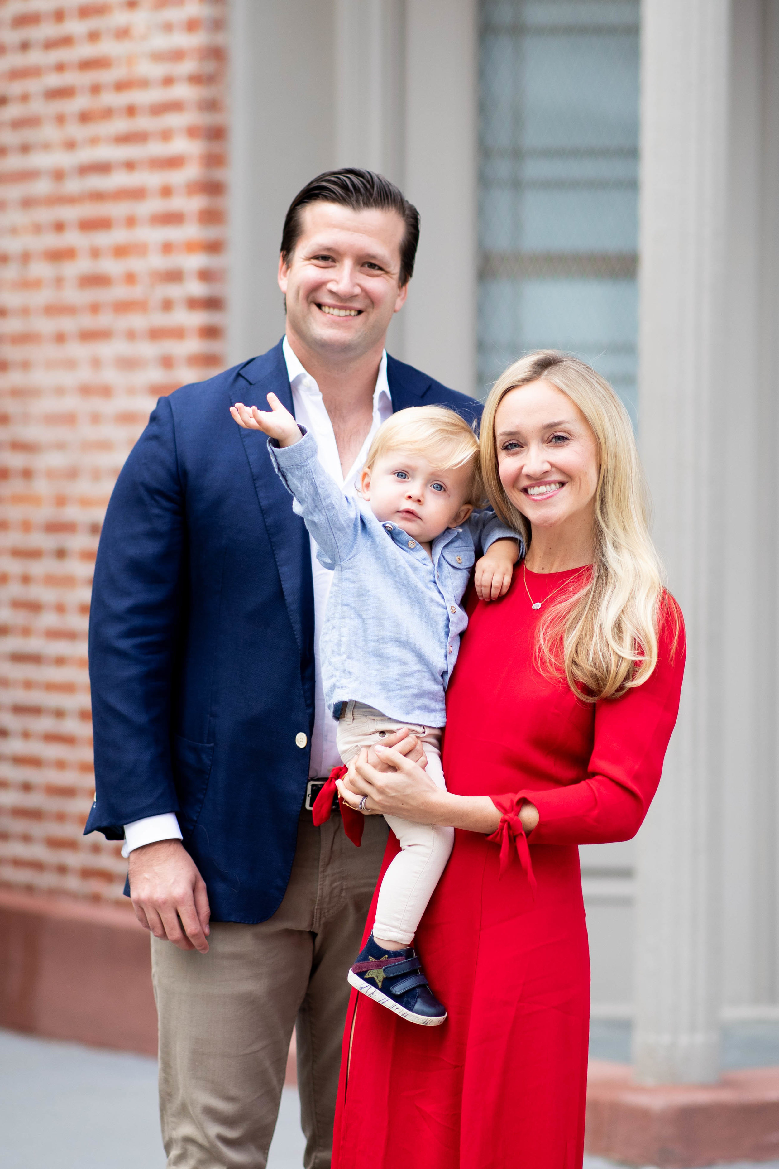 Posing Tips for Family Photos this Holiday Season -