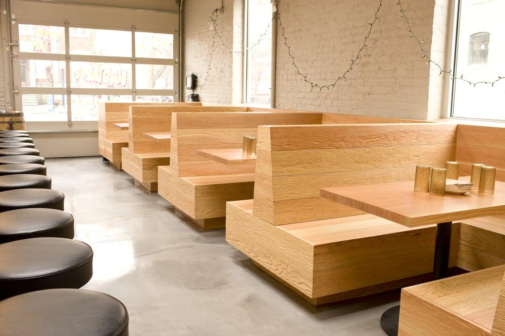 Restaurant.01.jpg