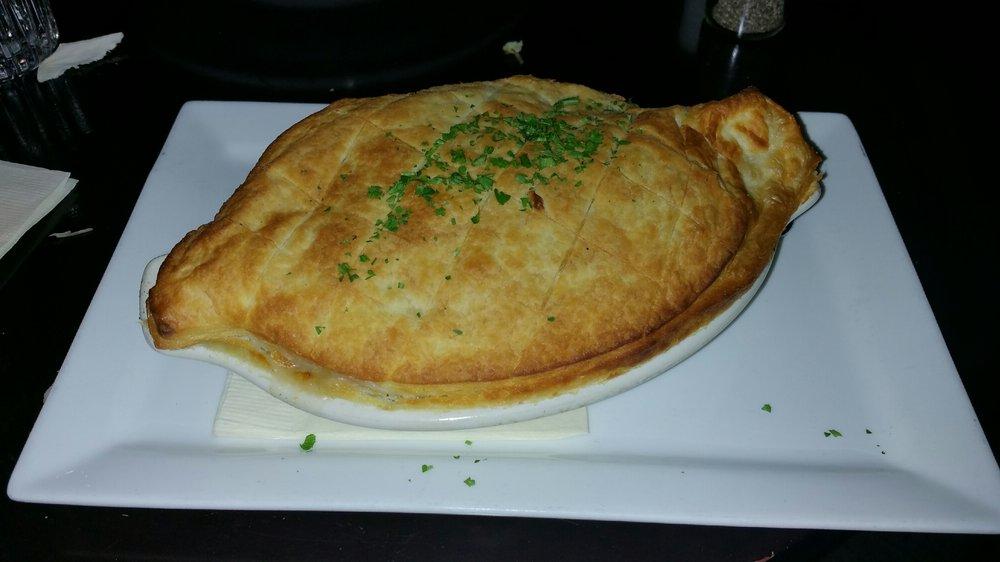 Wilde Bar & Restaurant - $$, Lakeview, Irish Gastropub, Vegetarian, Gluten-free, Sidewalk Seating, Dog Friendly, Delivery