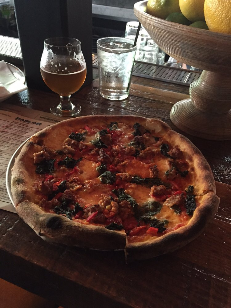 Parlor Pizza - $$, West Loop, Wicker Park, Pizza, Patio Seating, Rooftop, Dog Friendly