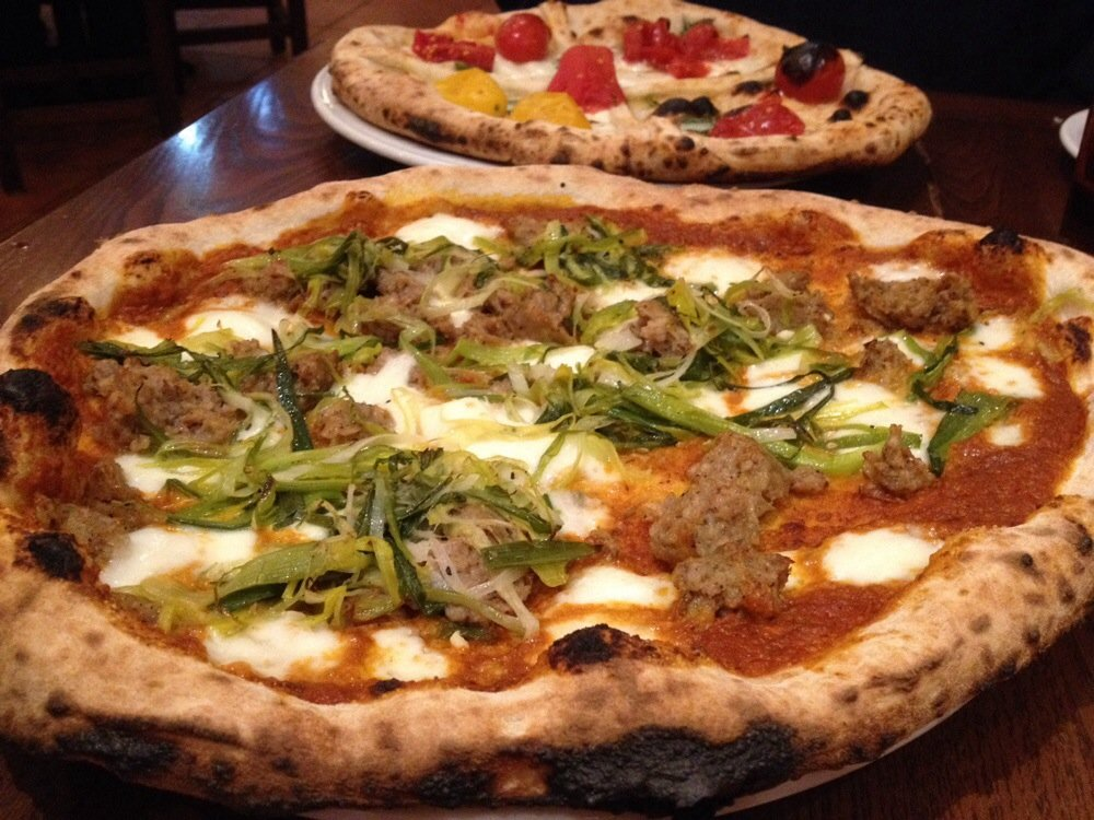 Spacca Napoli - Veggie and Meat$$, Ravenswood, Pizza, Vegetarian, Gluten-free, Patio Seating, Dog Friendly