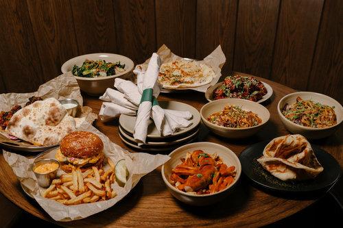 Pub Royale - $$, Wicker Park, Pub, Indian, Vegetarian, Sidewalk Seating, Dog Friendly, Delivery