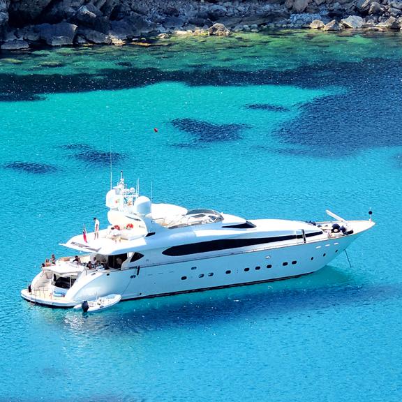 luxury-getaways-int.jpg