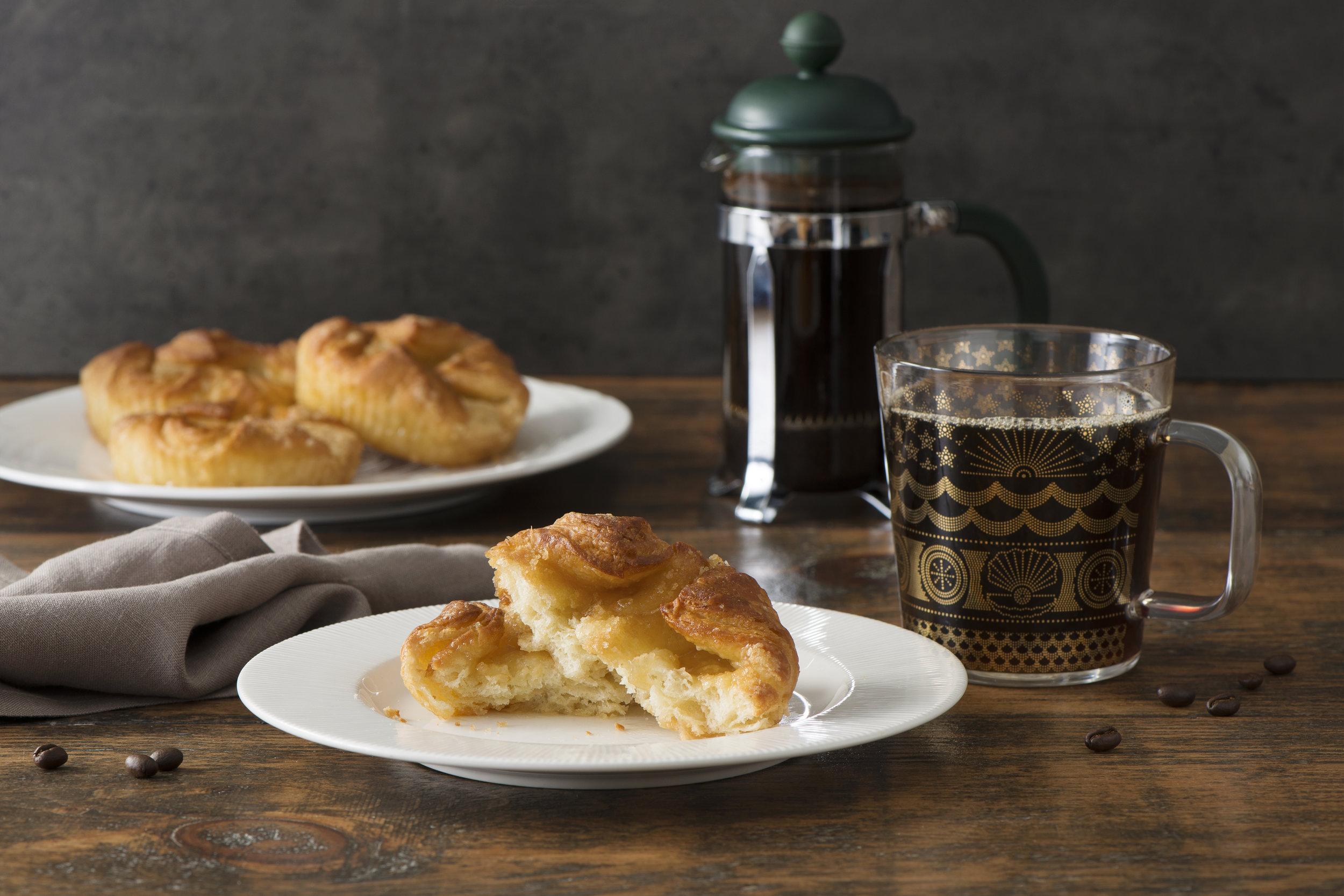 ACE French Pastry Blossom + Starbucks Caffe Verona-042 copy (1).jpg