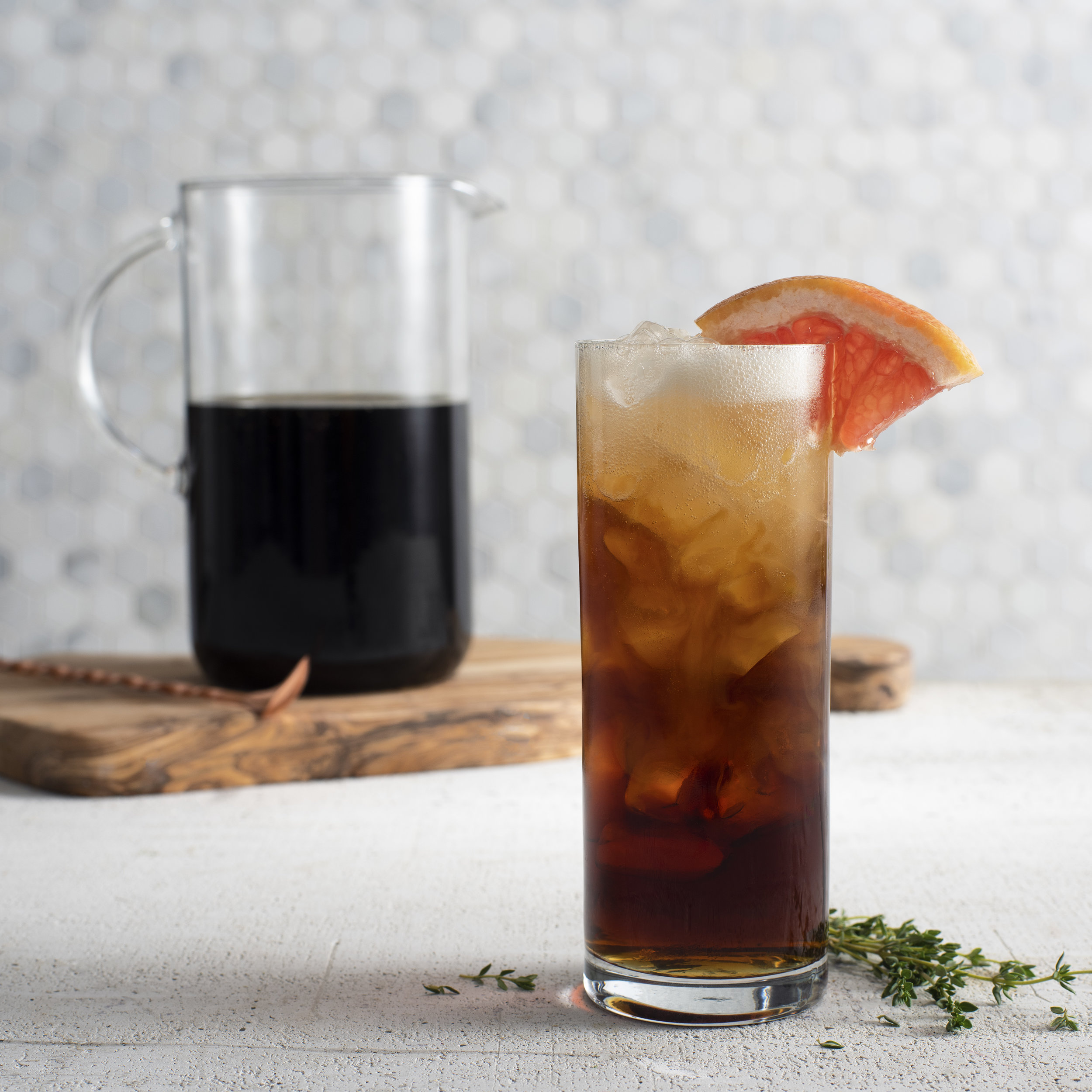 Cold Brew grapefruit and thyme spritz