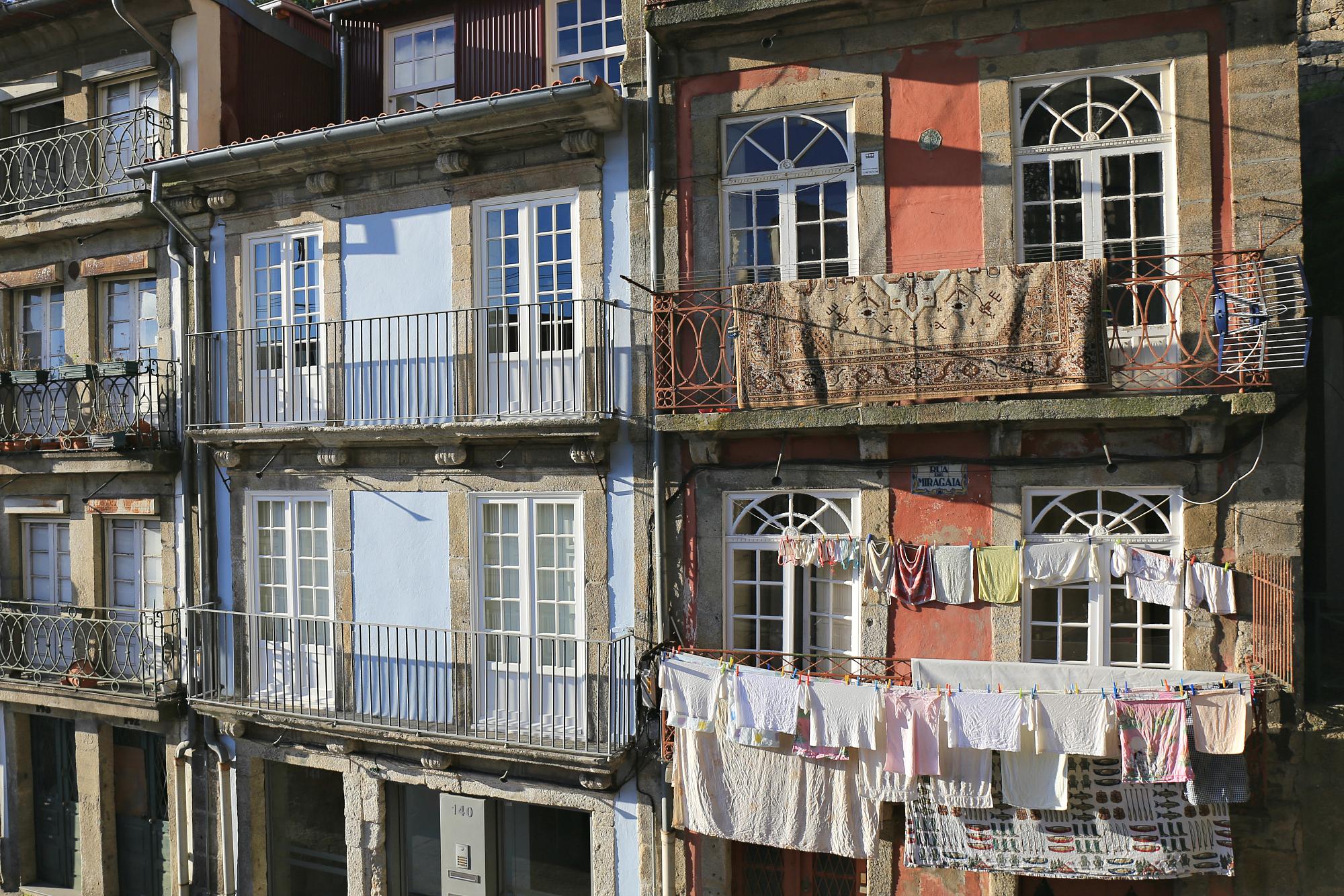 Credit: Hiro    Location: Porto, Portugal.