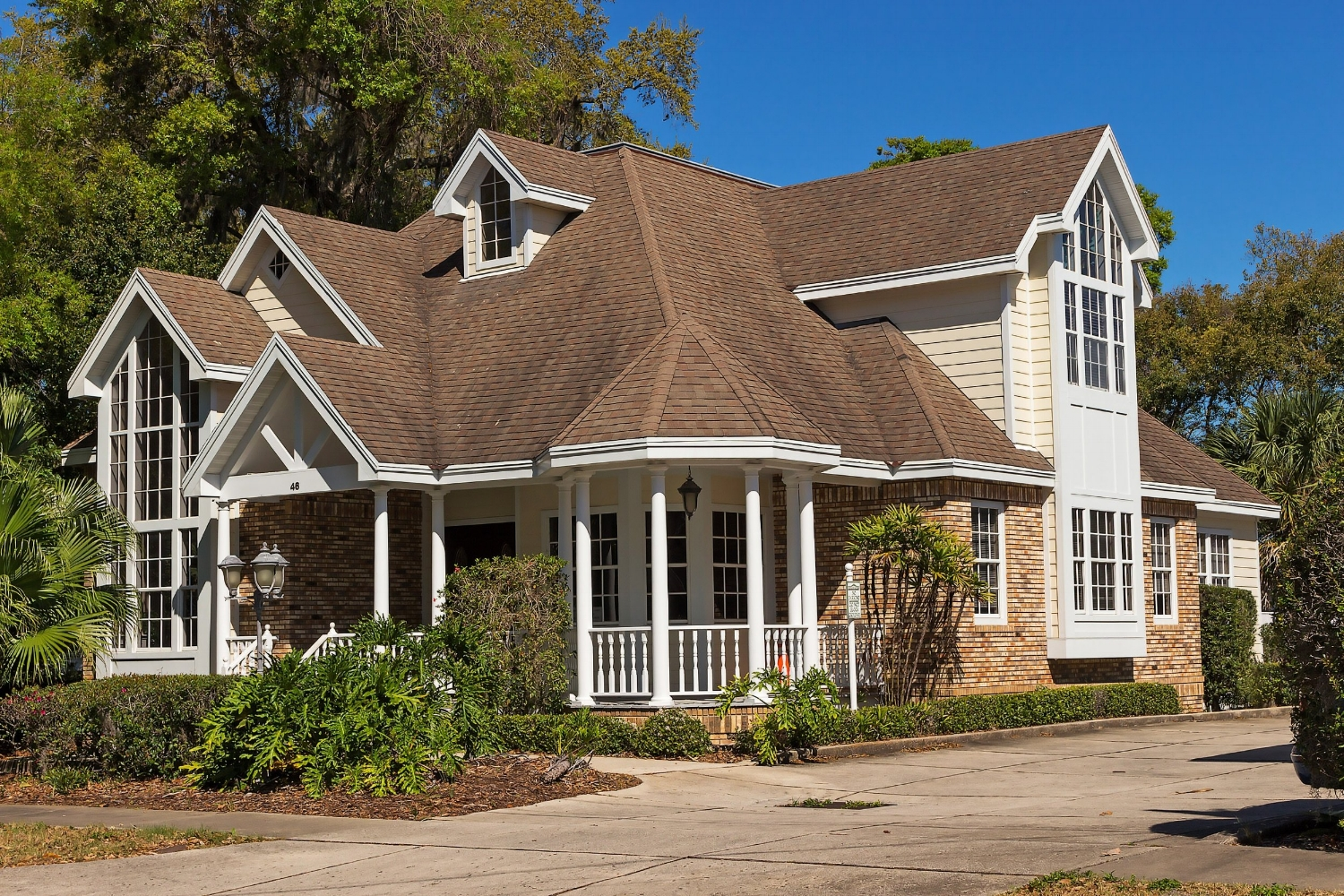 exterior-remodeling-porch-work-architecture-home-259751.jpg