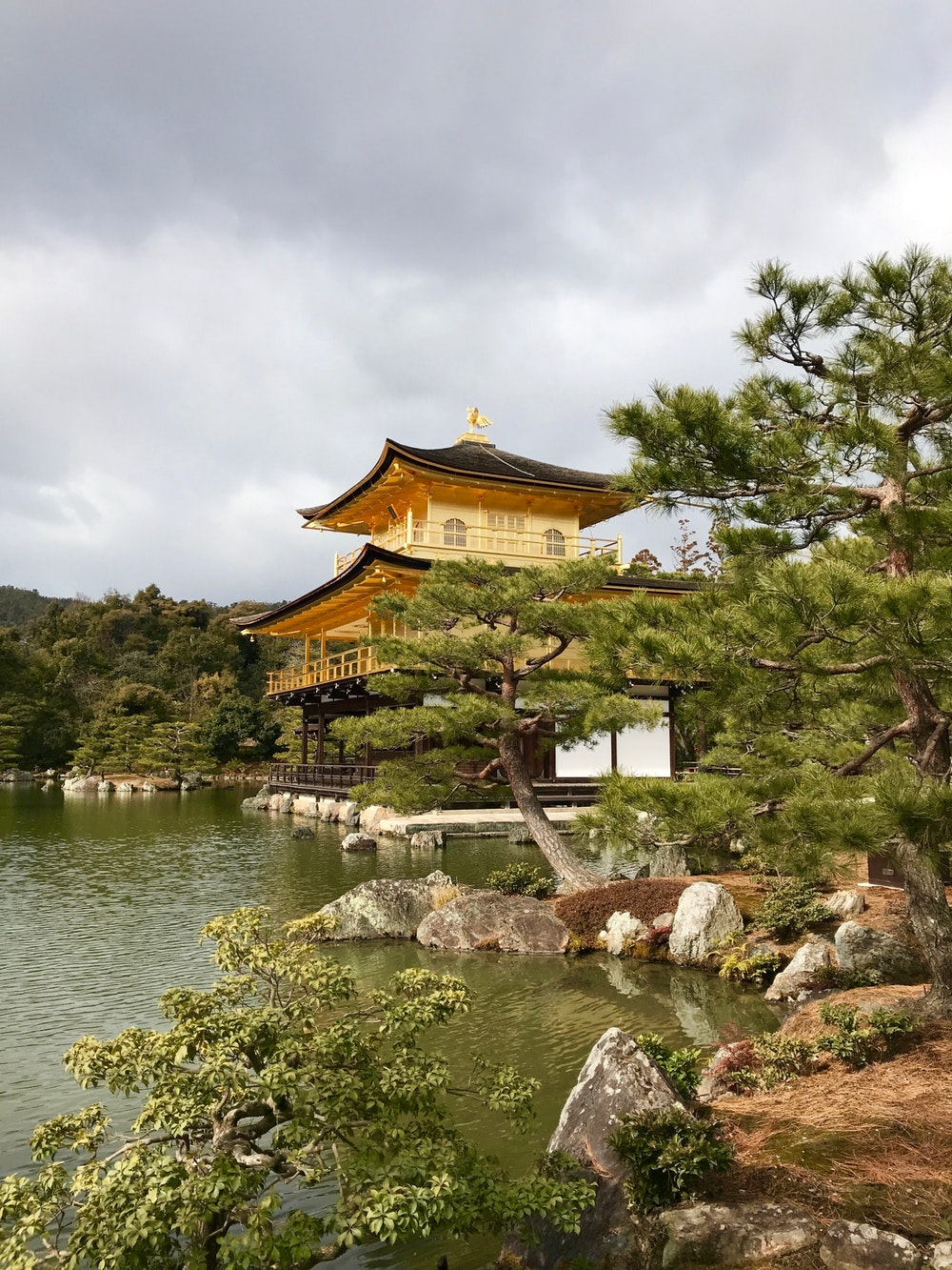 - 3-15 strenuous miles of walking per day, through the japanese alps and ancient villages