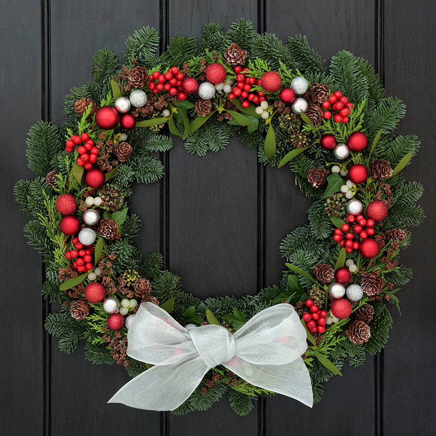 WreathBlackDoor.jpg
