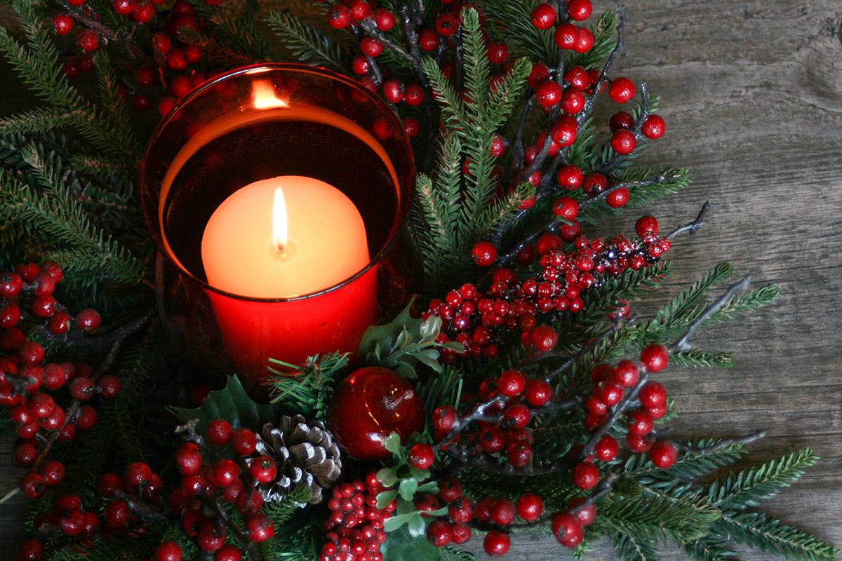 WreathCandle.jpg