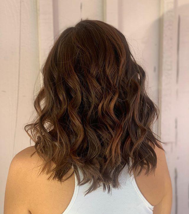 𝒫𝓊𝓂𝓅𝓀𝒾𝓃 𝓈𝓅𝒾𝒸𝑒 🧡 • • • #hairstyles #haircolor #haircut #hairstylist #curls #redhair #redhead #naturalhair #balayage #behindthechair #behindthechairstylist #ocstylist #brownhair #fullerton #placentia #brea #ocsalon #oc