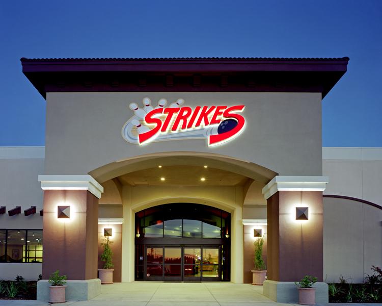 Strikes_12.jpg
