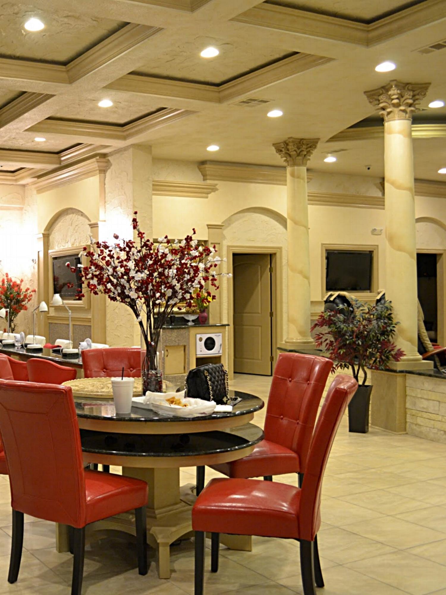 Manicure and Massage Area, Bella Salon, Dallas, Texas
