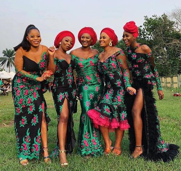Nigerian_Asoebi_Outfits17.png