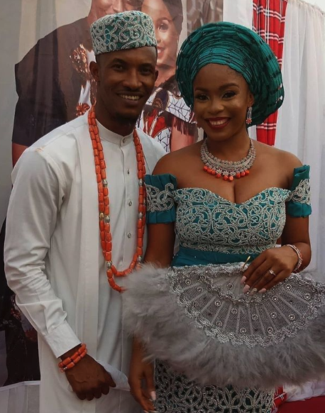 nigerian couple outfits ideas 2019-03-27 at 4.01.56 PM.png