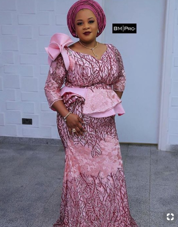 nigerian womens party outfit ideas 2019-03-27 at 11.39.42 PM.png