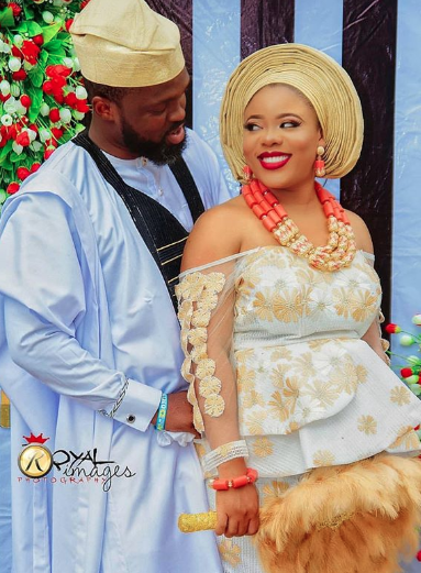 nigerian couple trendy fashion ideas 2019-03-29 at 3.33.47 PM.png