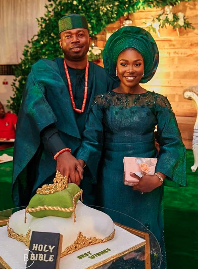 nigerian couple trendy fashion ideas 2019-03-29 at 3.35.14 PM.png