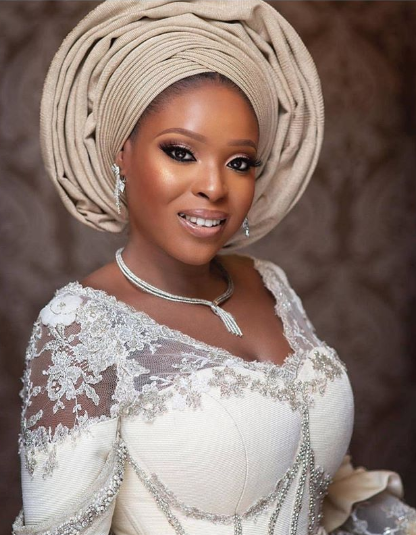nigerian trendy headtie styles fashion ideas 2019-03-29 at 3.37.16 PM.png