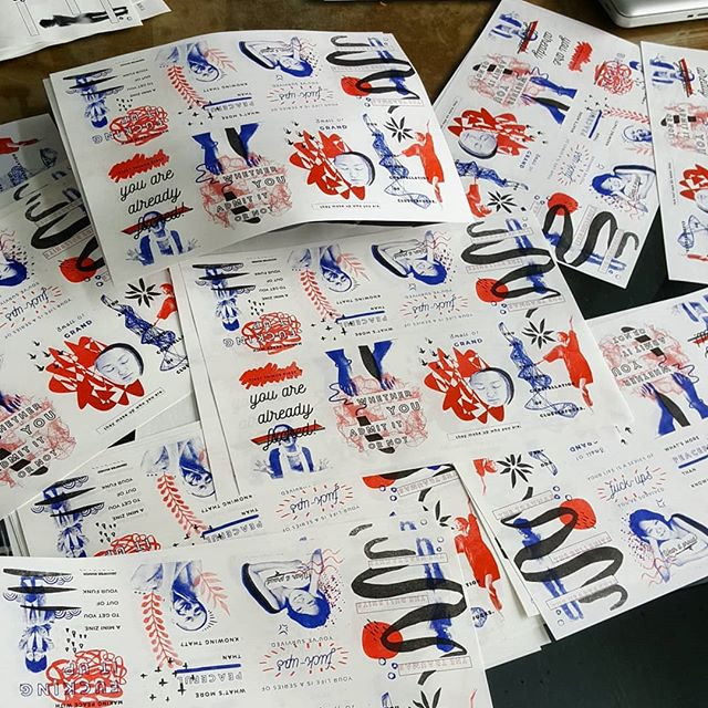 The chaotic drying method when you run out of table space. 🤣 The first edition of the zine I've been working on is finally finished! . . After so many mistakes and back and forth to the risograph lab, I am happy I am now semi-fluent in this medium. Doing 3 color layers can be quite....something to get your head around the first time. . . Now its folding time! . . #zine #risograph #selfpublish #indieartist #redandblue #selfportrait #abstractart #selfhelp #emotionalhealth