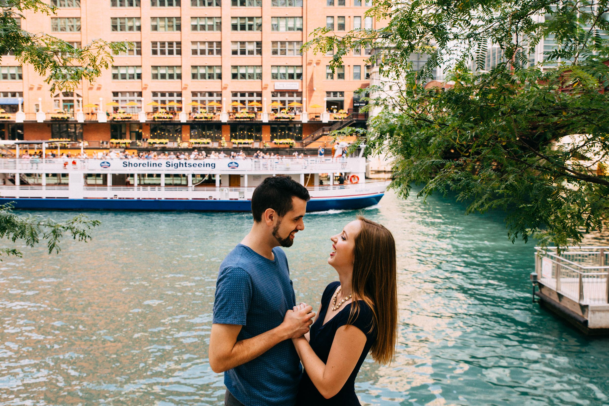 Ashley_Jacob_Chicago_Riverwalk_Couple_Portraits-7.jpg
