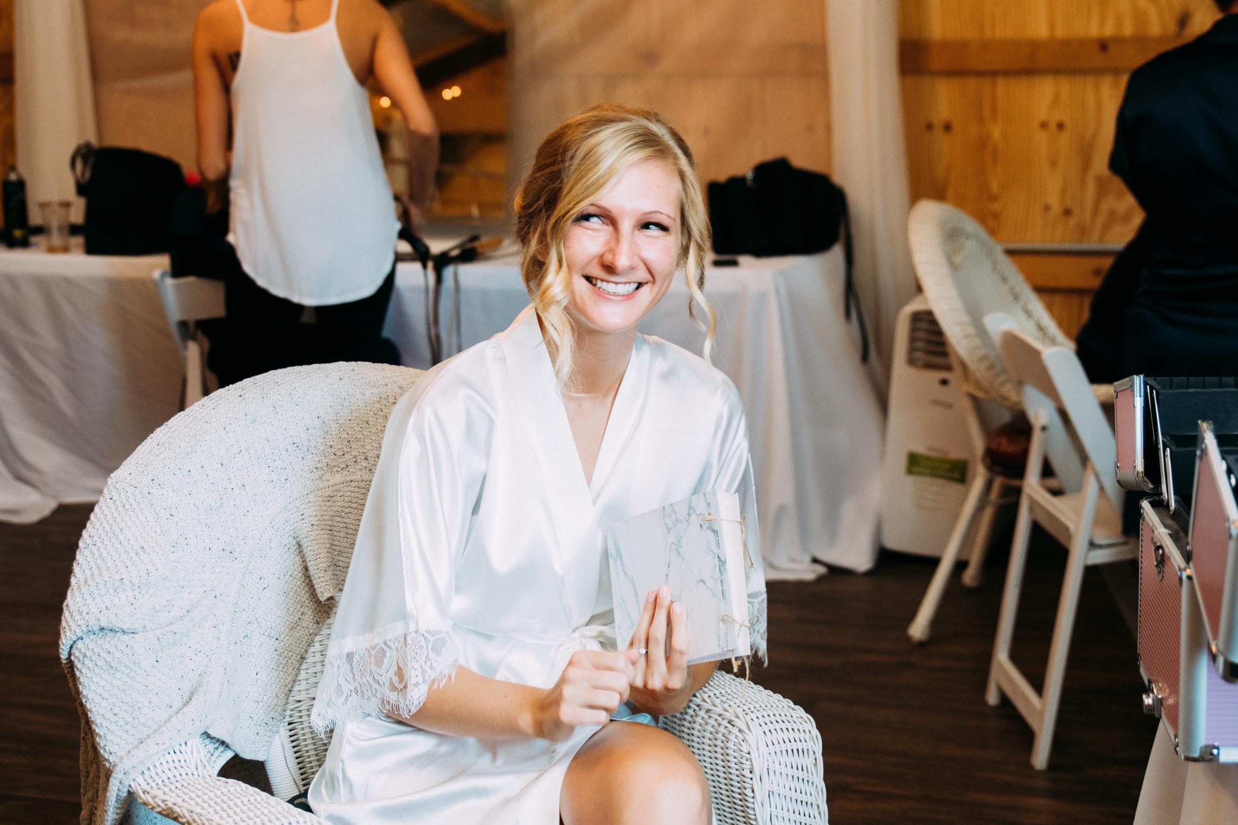 4-Minnetonka Orchards Wedding Ashley Bryce Blog.jpg