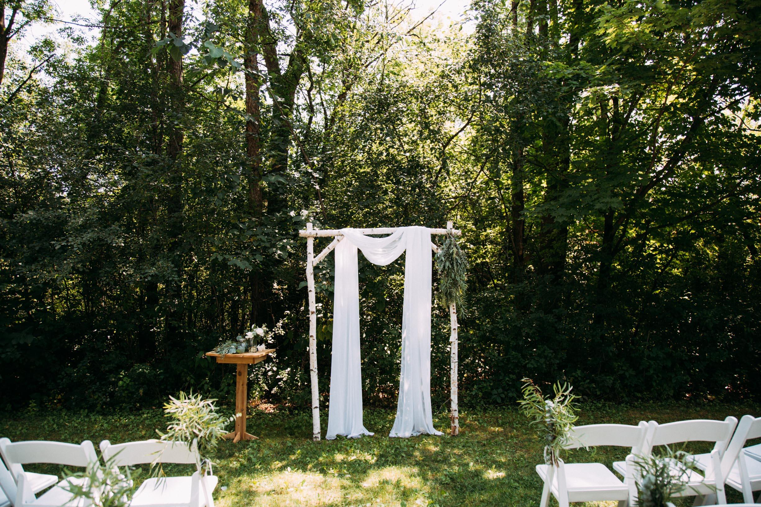 19-Minnetonka Orchards Wedding Ashley Bryce Blog.jpg