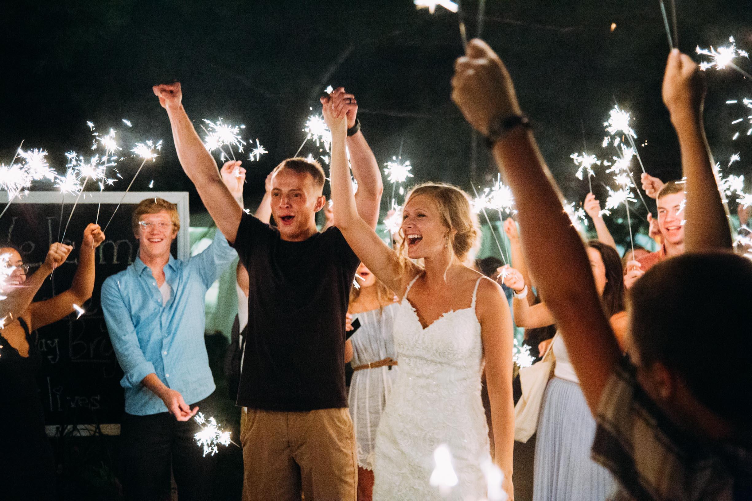 40-Minnetonka Orchards Wedding Ashley Bryce Blog.jpg