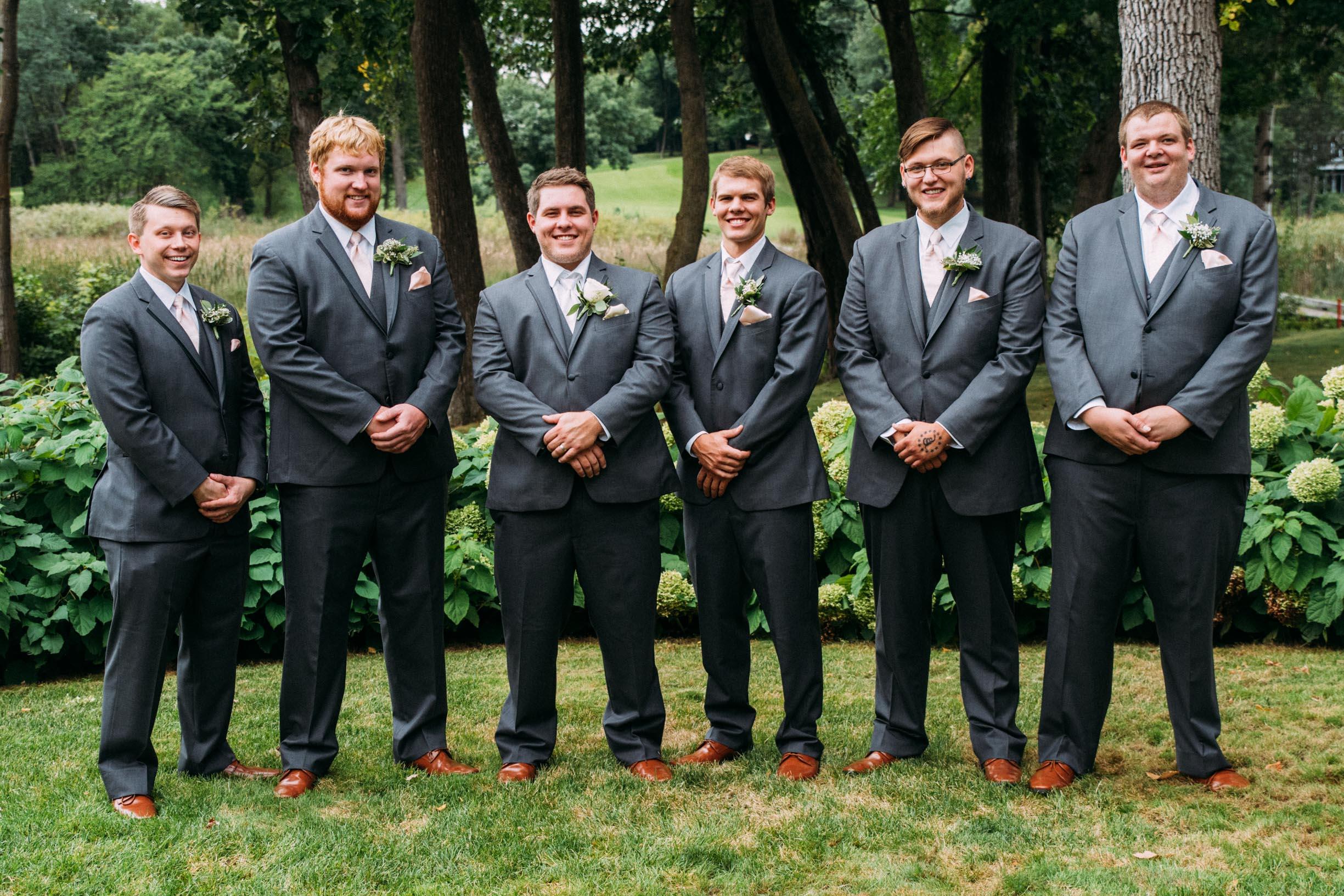 Megan_Zach_Minneapolis_Bearpath_Wedding_Blog-26.jpg