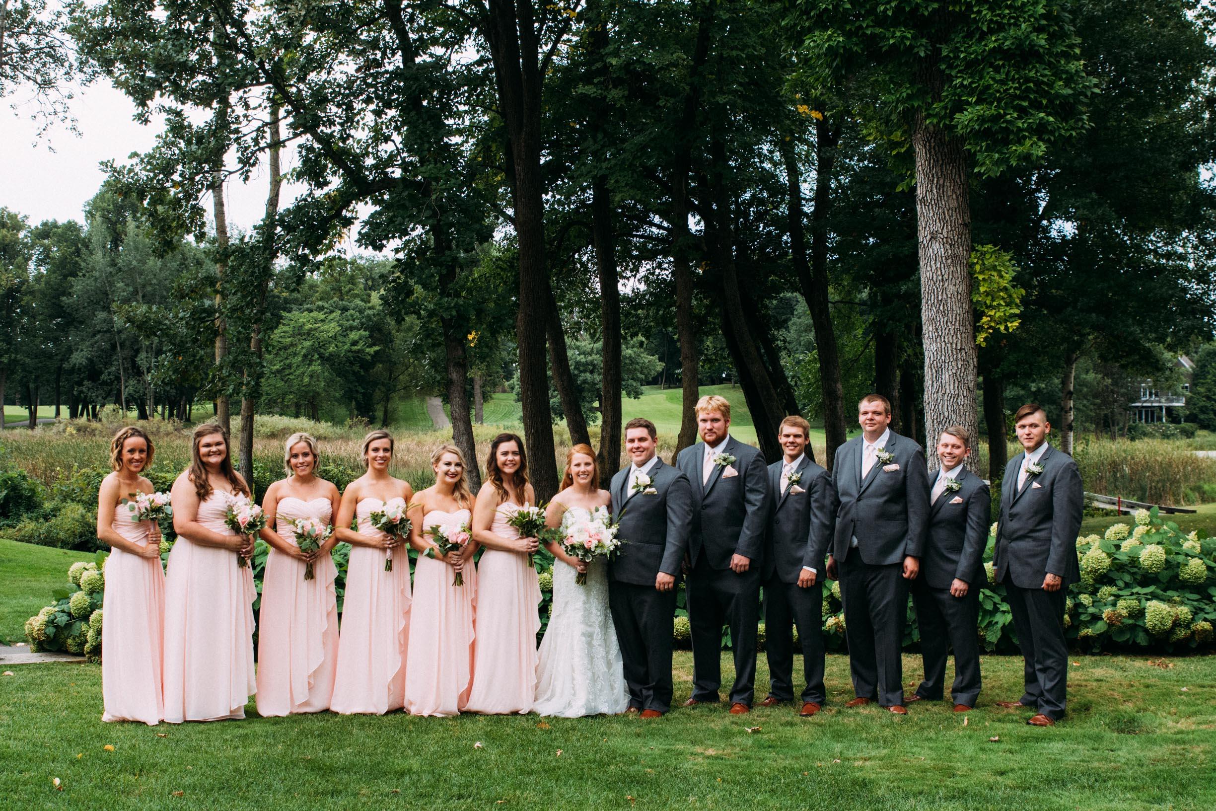Megan_Zach_Minneapolis_Bearpath_Wedding_Blog-21.jpg