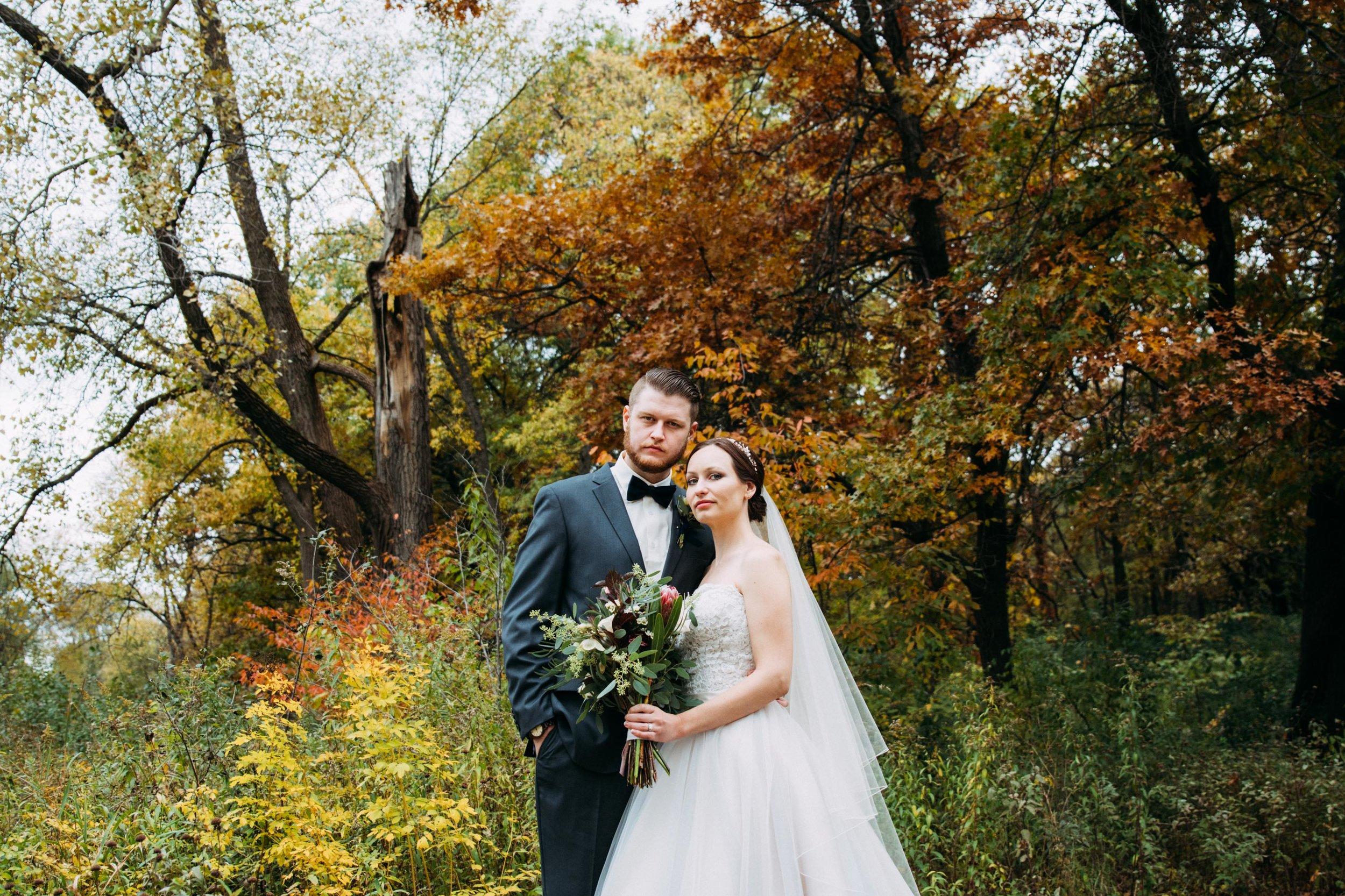 10-Sara_Tom_Bride_Groom_Portraits_Minneapolis_Wedding.jpg