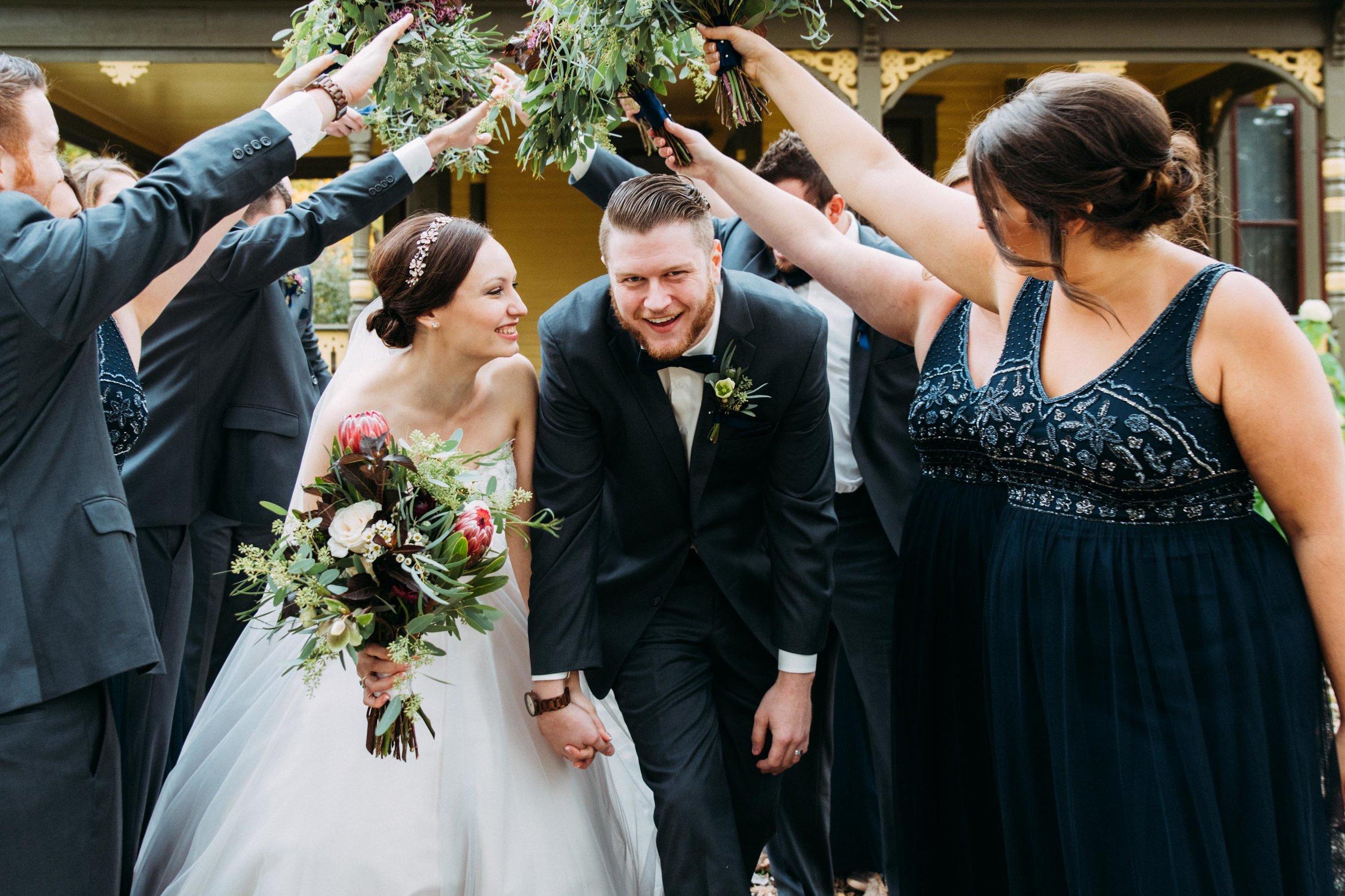 20-Sara_Tom_Wedding_Party_Portraits_Minneapolis_Wedding.jpg