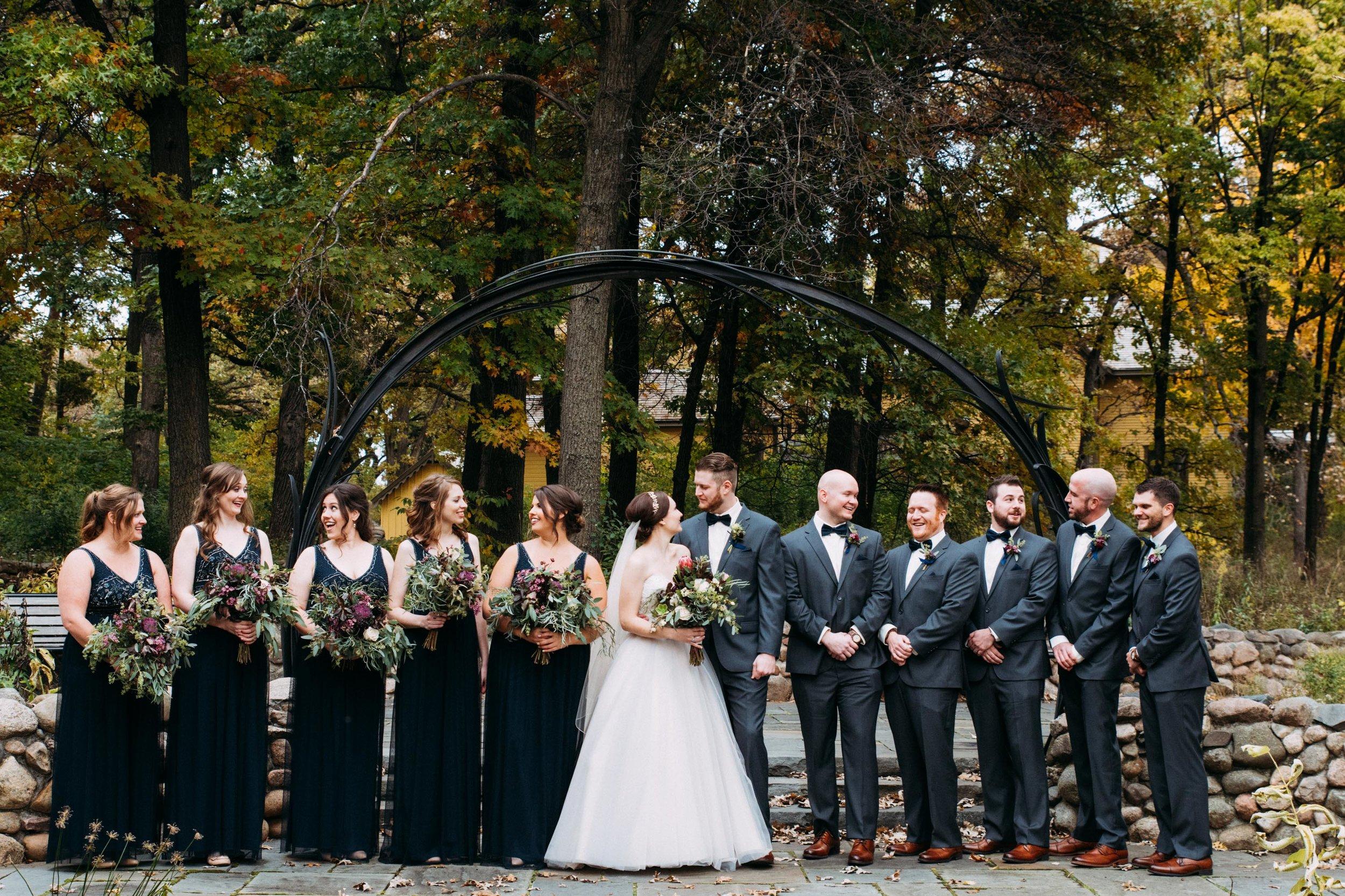 21-Sara_Tom_Wedding_Party_Portraits_Minneapolis_Wedding.jpg