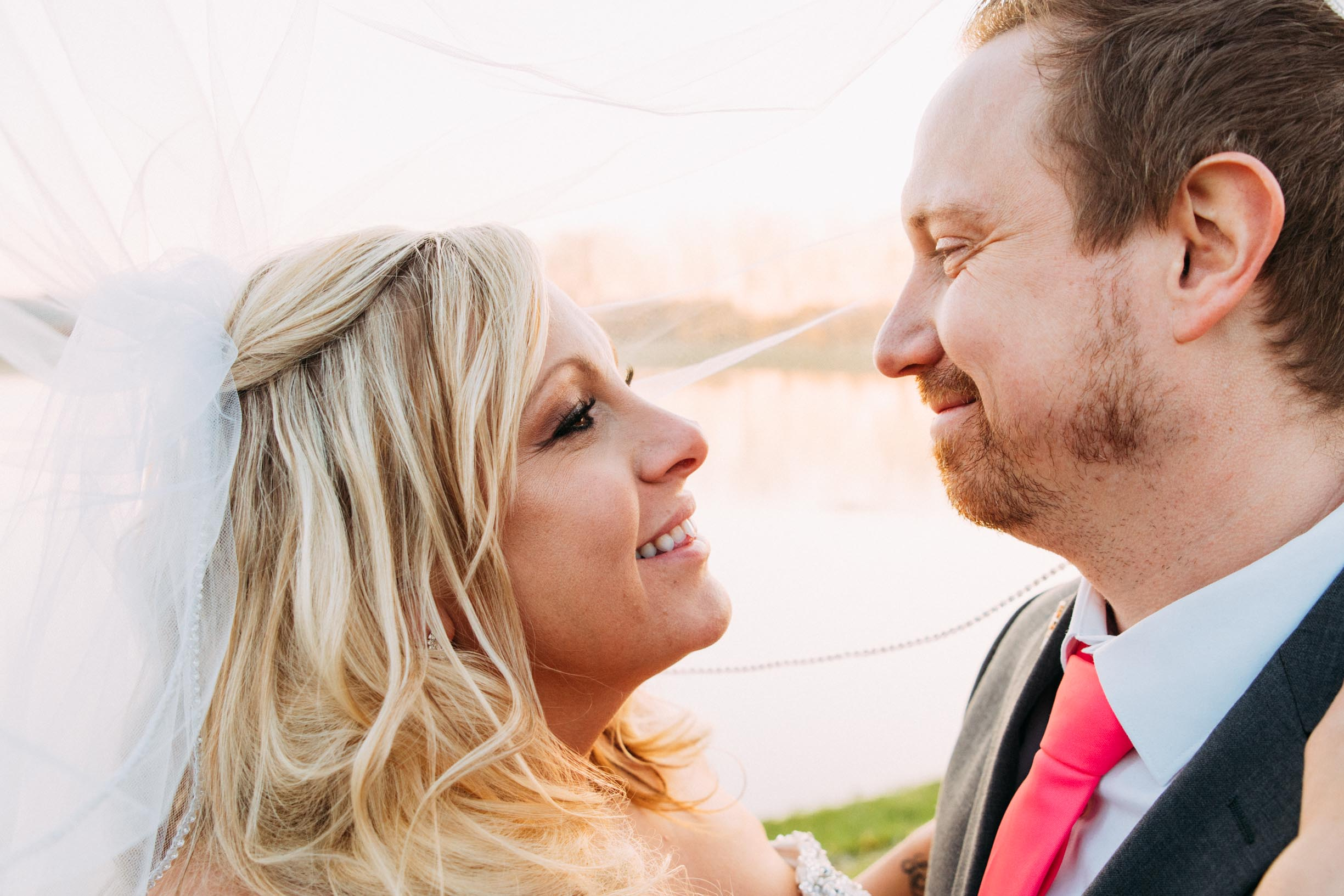 33-Minneapolis_Wedding_Photographer_Trevor_and_Elisebeth.jpg