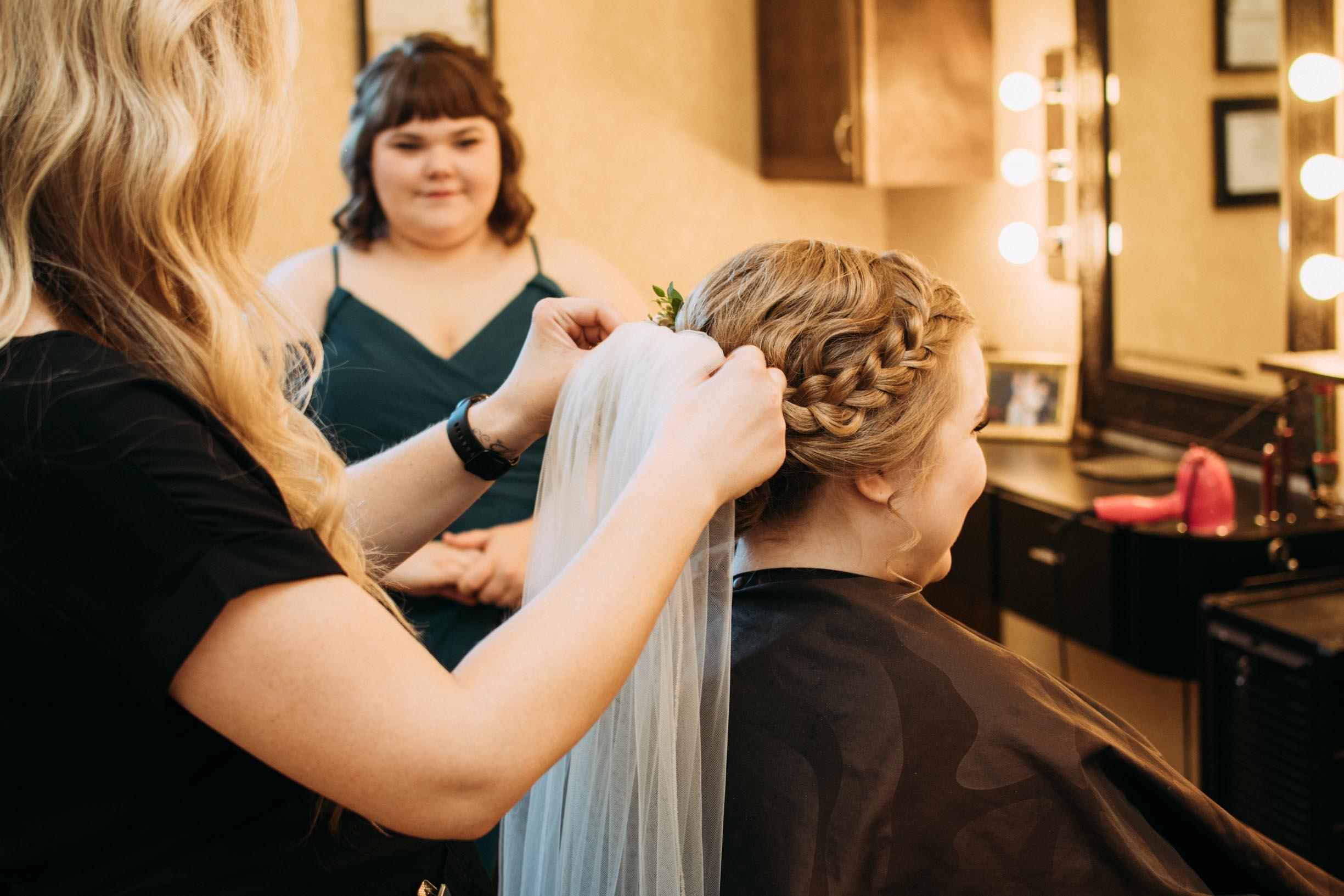 Hannah_Brandon_Wisconsin_Wedding-5.jpg