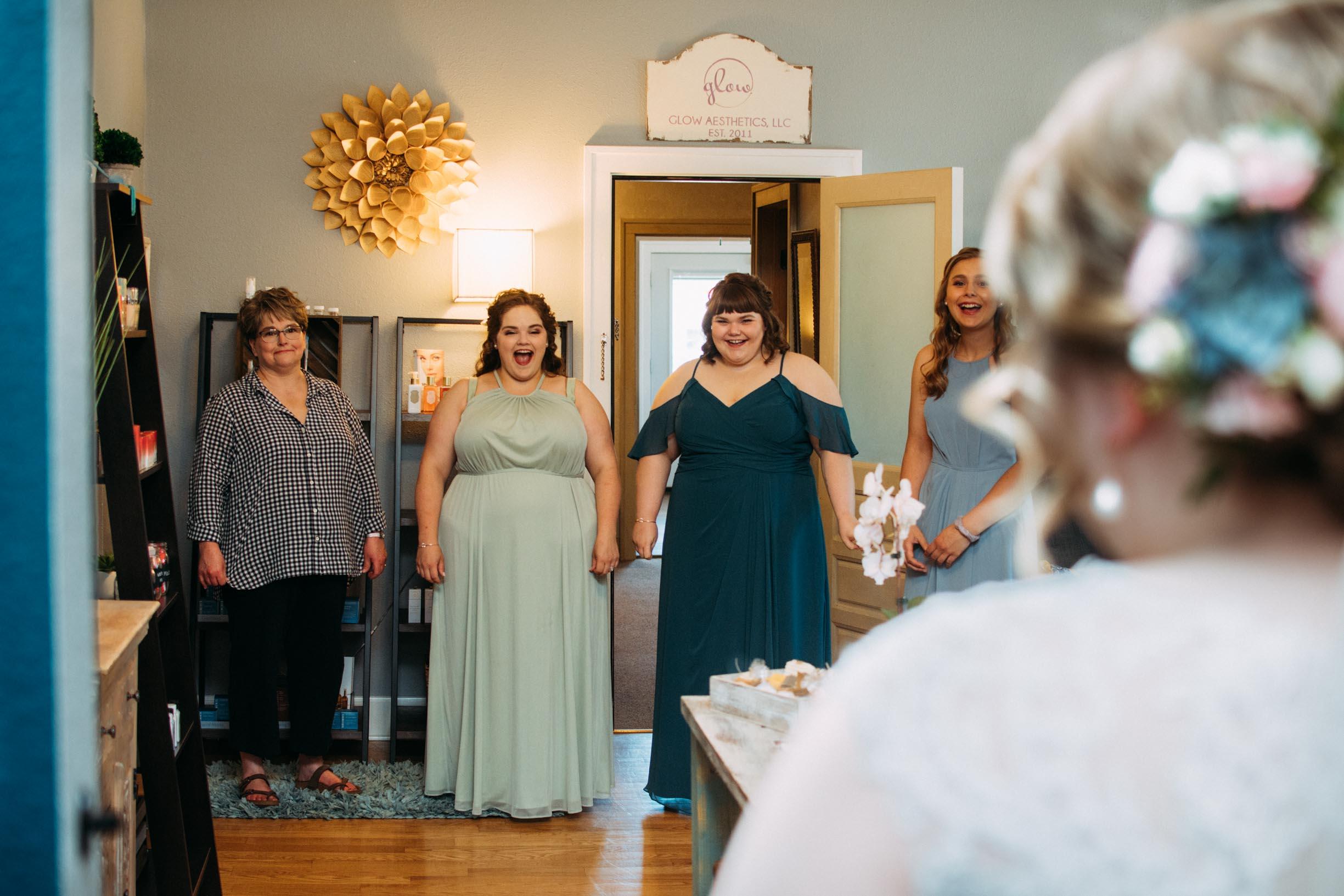 Hannah_Brandon_Wisconsin_Wedding-8.jpg