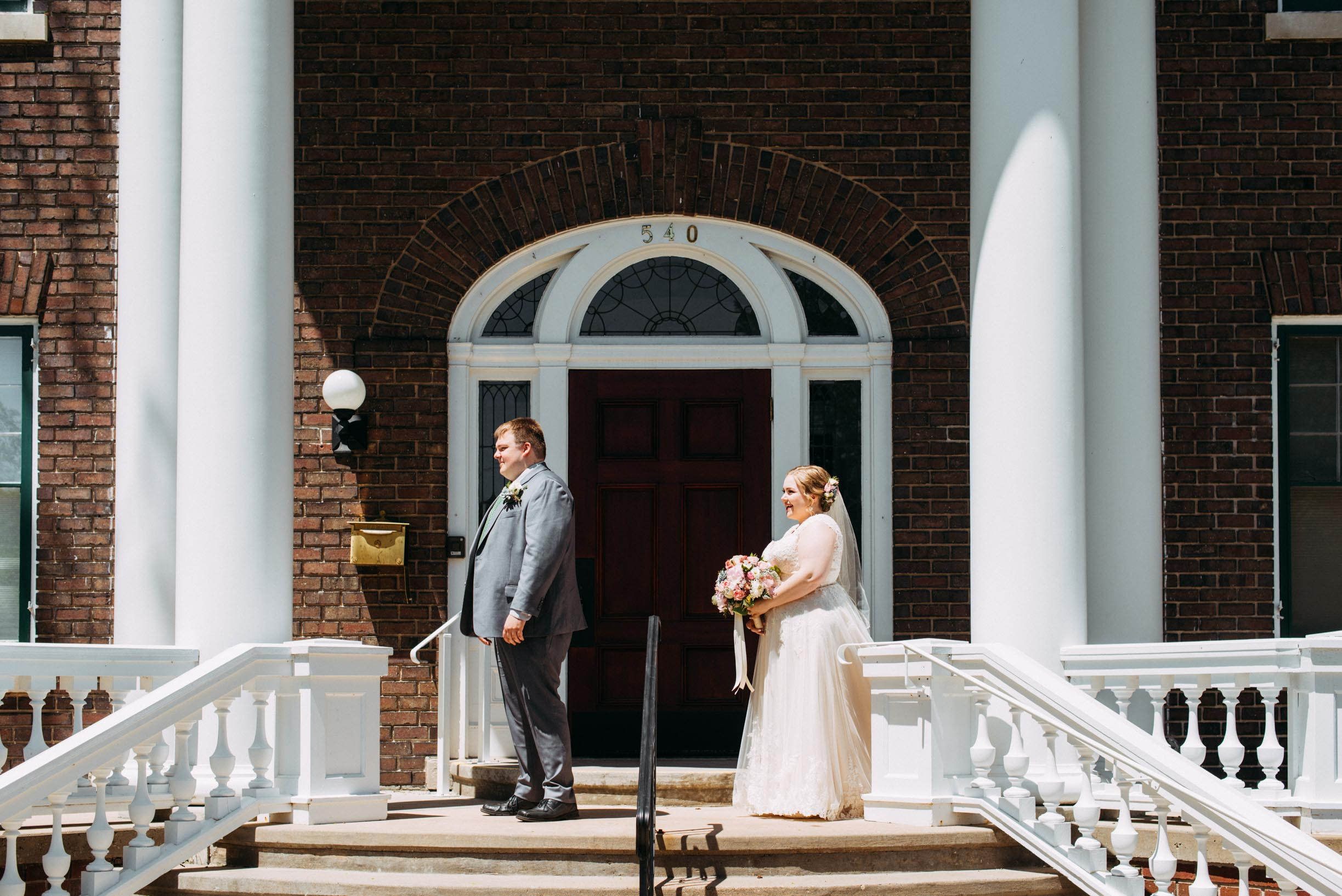 Hannah_Brandon_Wisconsin_Wedding_First_Look-10.jpg