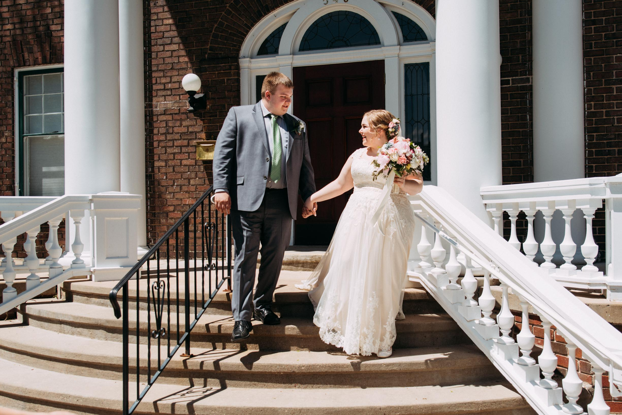 Hannah_Brandon_Wisconsin_Wedding_First_Look-13.jpg