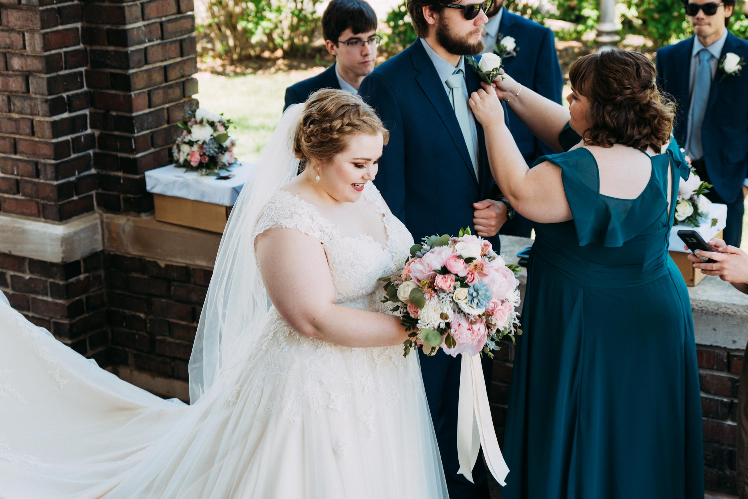 Hannah_Brandon_Wisconsin_Wedding-9.jpg