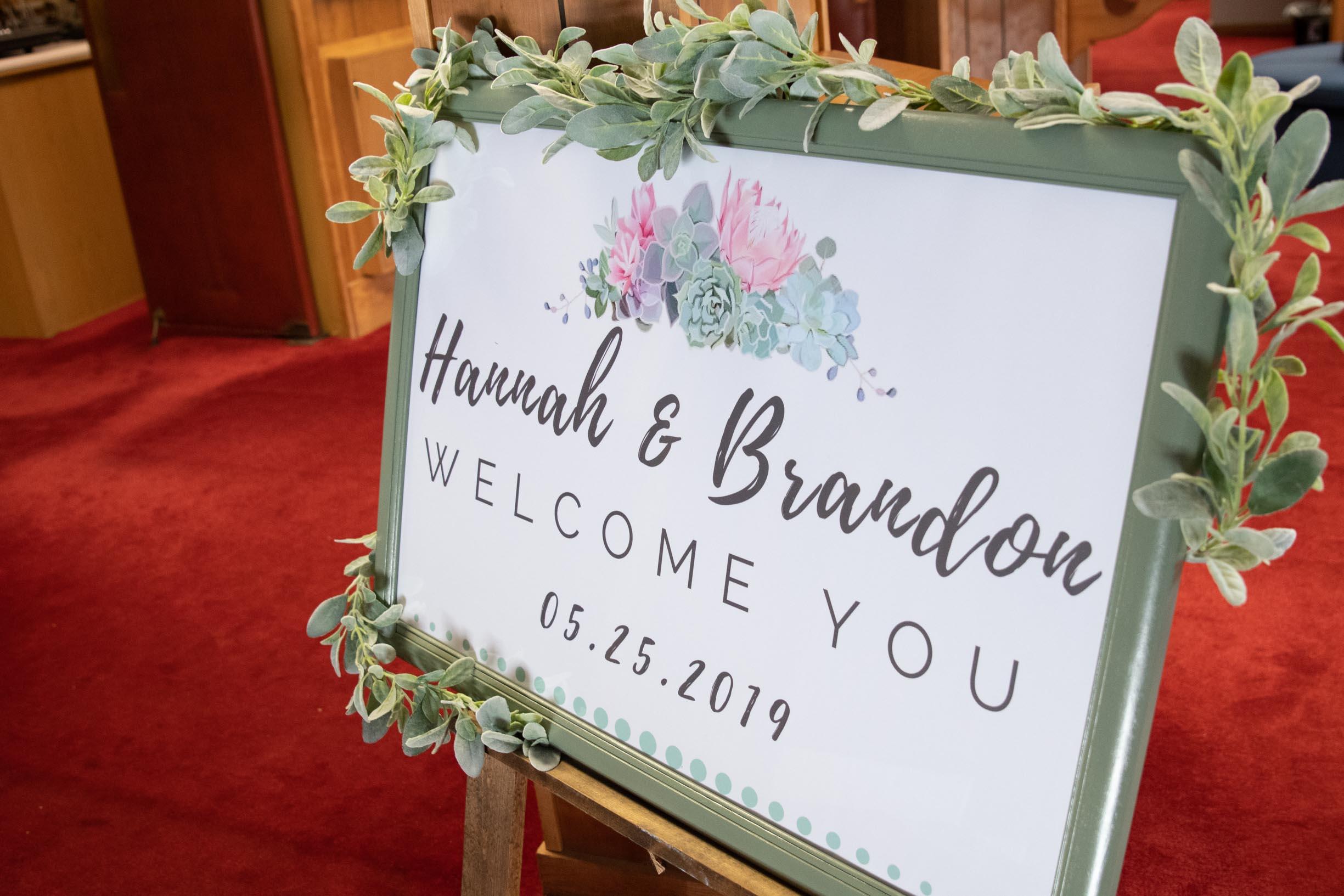 Hannah_Brandon_Wisconsin_Wedding_Ceremony-21.jpg
