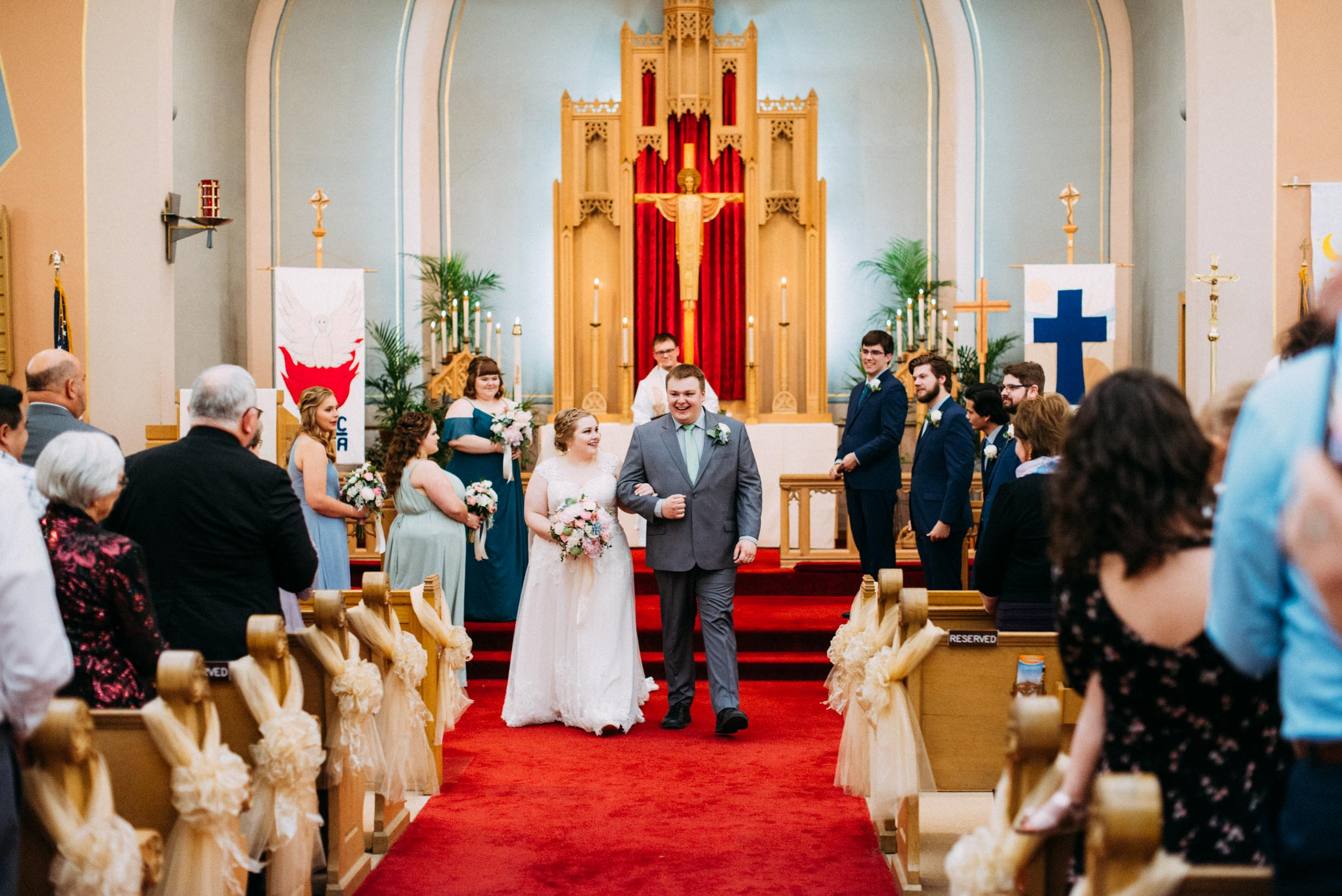 Hannah_Brandon_Wisconsin_Wedding_Ceremony-25.jpg