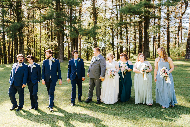 Hannah_Brandon_Wisconsin_Wedding_Party_Portraits-28.jpg