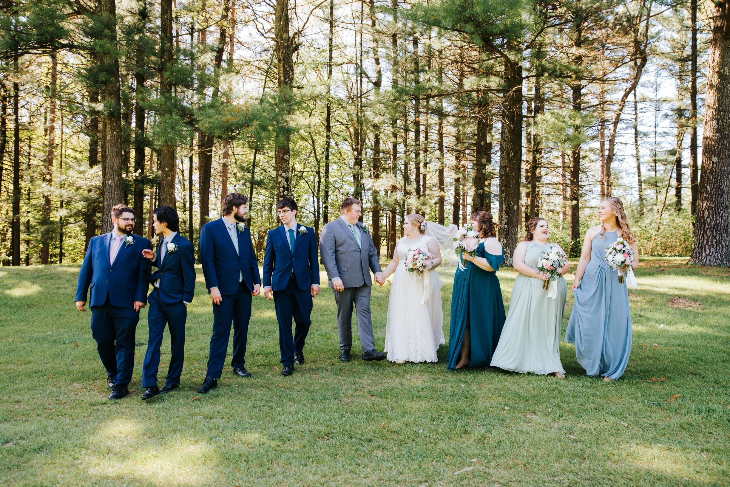 Hannah_Brandon_Wisconsin_Wedding_Party_Portraits-27.jpg
